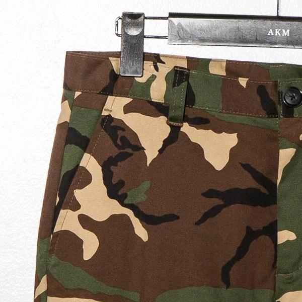 AKM Contemporary(エイケイエムコンテンポラリー) カモフラージュ柄テーパードパンツ