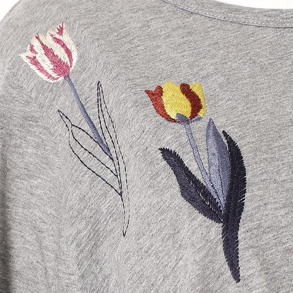 春の花刺しゅうカットソー