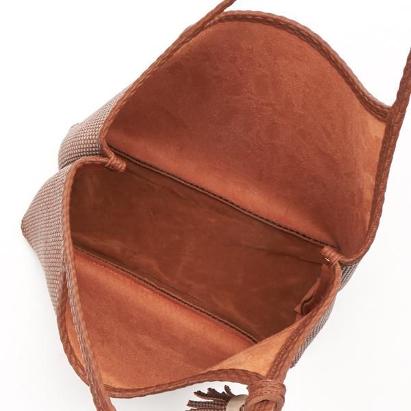 カシュカシュ cachecache / 型押し合皮タッセル付きトートバッグ