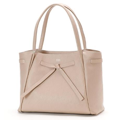 ニナリッチのレディースバッグ