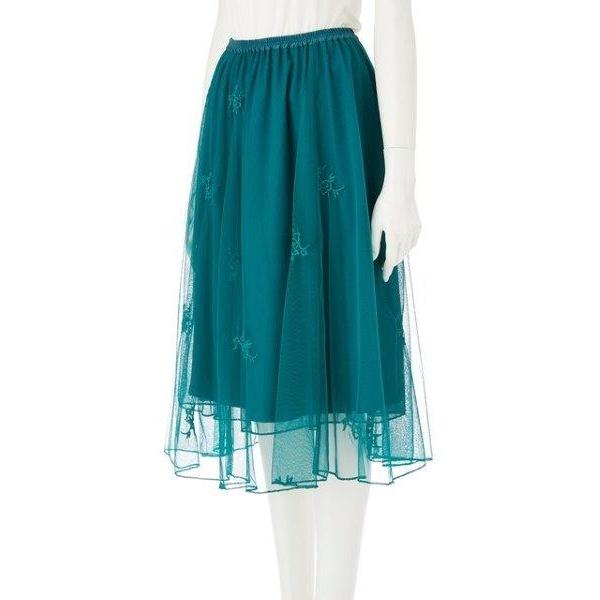 同色刺繍チュールスカート
