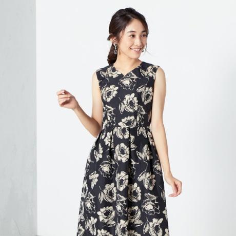 花柄ボリュームドレス