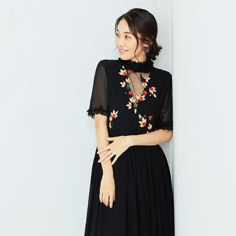 花柄刺繍付きドレス